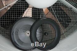 AeroCoach AEOX carbon tubeless disc wheel