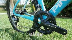 Pinarello Dogma F10 Enve Wheels Diamond Blue