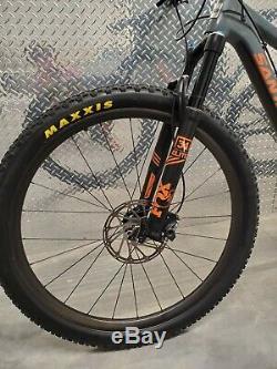 Santa Cruz Tallboy Large XO1 Eagle Carbon Wheels