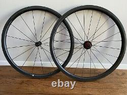 Specialized Roval clx32 lightweight carbon clincher road bike wheels, rim brake